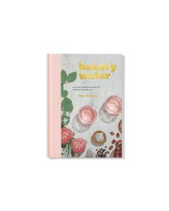 Buch Beauty Water von Tori Holmes bei American Heritage