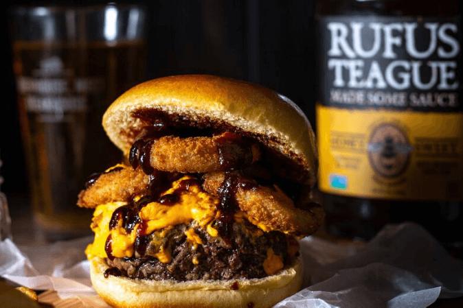 BBQ Sauce Pub Burger