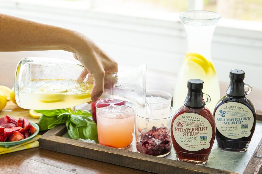 Mit Fruchtsirup: Limonade zum Selbermachen